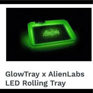 Glow tray / rolling tray
